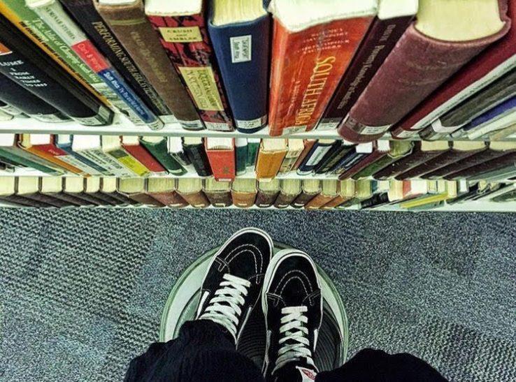 Autumn shelves, autumn shoes